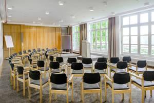 Tagungsraum Aula in Haus Ohrbeck, ideal für Seminare, Konferenzen, Tagungen im Raum Osnabrück, Emsland, Oldenburg