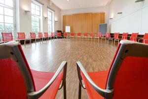 Vortragssaal in Haus Ohrbeck, ideal für Seminare, Konferenzen, Tagungen im Raum Osnabrück, Emsland, Oldenburg